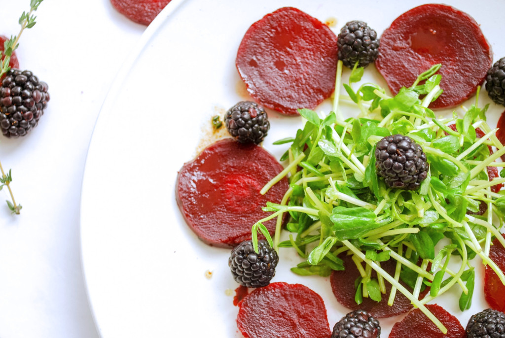 Beet CarpaccioBeet Carpaccio: Beautiful beets accented with tangy blackberries and aromatic thyme. This gluten free and vegan appetizer is sure to impress! || fooduzzi.com