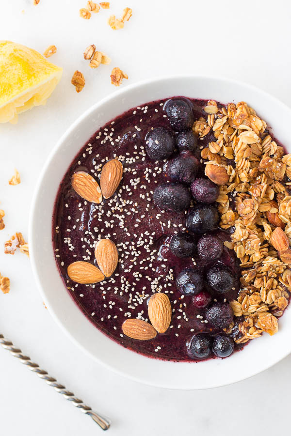Lemon Blueberry Smoothie Bowl